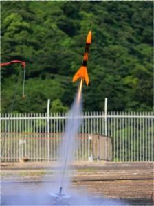 宇宙に挑戦、オリジナルモデルロケットを作ろう!